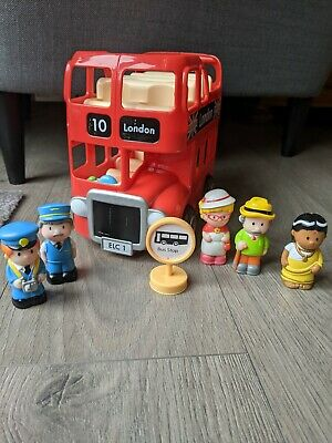 £6 • Buy ELC Happyland Red Double Decker London Bus Set With 5 Figures And Bus Stop