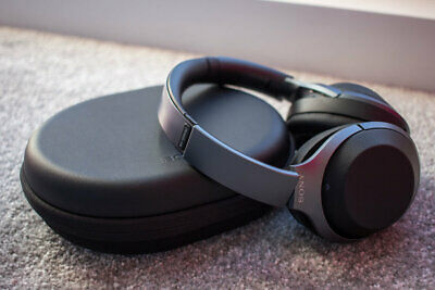 $ CDN150.46 • Buy Sony WH-1000XM2 Bluetooth Noise Cancelling Headphones Includes Sony Case - NEW!!