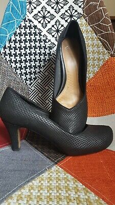 £17.99 • Buy Black Texture Leather Court Shoes Size 8 D Clarks Plus Snake Skin Wide Heel 50s