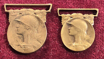 £7.99 • Buy WW1 French COMMEMORATIVE WAR MEDALS 1914-1918 Miniatures X 2 Army Military