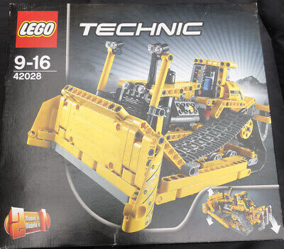 £2.20 • Buy Lego 42028 - Technic Bulldozer (Boxed, Both Sets Of Instructions, 100% Complete)