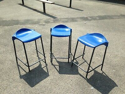 £0.99 • Buy Batch Lot Of 128 Lab / Science Stools