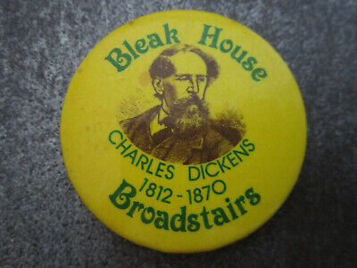 £3.99 • Buy Bleak House Broadstairs Charles Dickens Pin Badge Button (L18B)