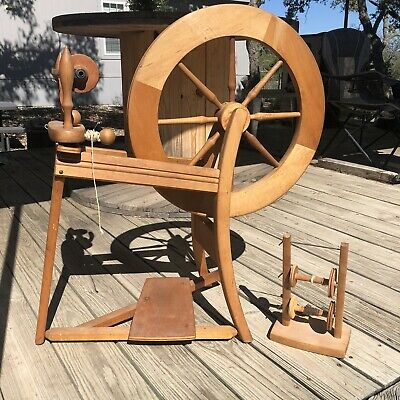 £329.84 • Buy Ashford Traditional 22  Spinning Wheel *Disassembled For Shipping Purposes
