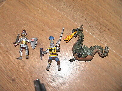£2 • Buy 2 Knights & Green Fire Breathing Dragon Papo Medieval Model Figure Lot