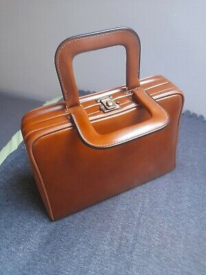 £60 • Buy Vintage Cheney England Brown  Tan Leather Bag With Cheney Brass Lock Handmade.