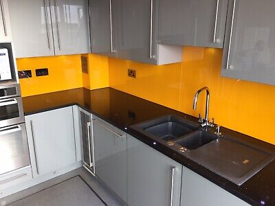 £1000 • Buy Kitchen: Granite W/tops, Units, Hotpoint Appliances, Gs Hob, Wine Cooler, Tap