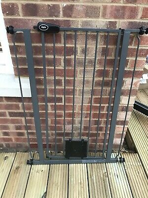 £5.50 • Buy Bettacare Child/baby 75 - 84cm Extra Tall Dog Gate With Integrated Cat Flap