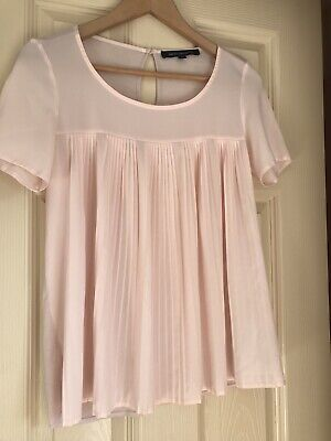 £5 • Buy French Connection Size XS Pink Pleated Blouse