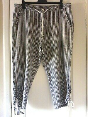 £4.50 • Buy Very Black & White Striped Crop Casual  Drawstring/high Waist Trousers Size 18