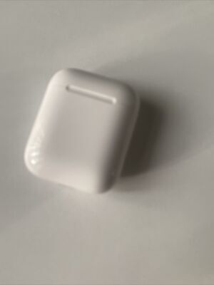 AU40 • Buy Genuine Apple AirPods 2nd Or 1st Charging Case ONLY - White Full Working A1602