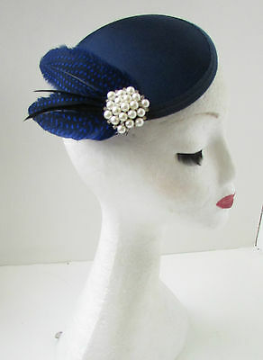 Navy Blue Black Pearl Feather Fascinator Hair Clip Headpiece Races Vintage A89 • 14.95£