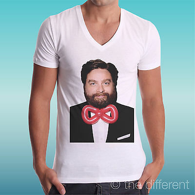 T-Shirt V Neck Jersey Alan Bow-Tie A Night From Leoni The Hangover Gift Idea • 17.61£