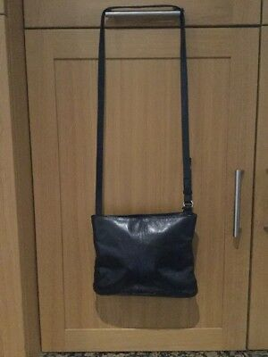 £15 • Buy Stylish Bailey & Quinn Black / Well Used Messenger Bag Some Wear On Corners