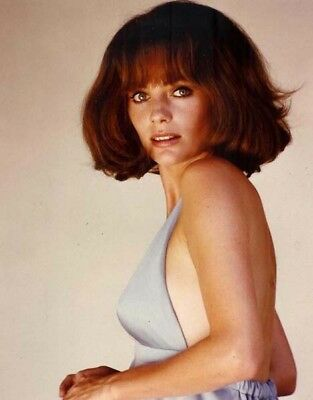£2.99 • Buy Jacqueline Bisset UNSIGNED Photo - L5309 - SEXY!!!! - NEW IMAGE!!!!