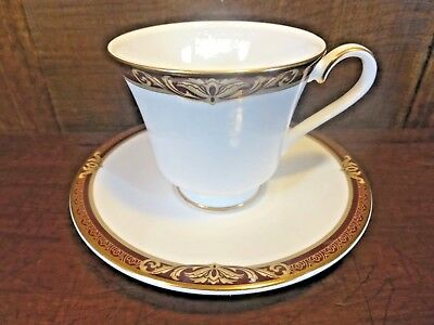 EXCELLENT Royal Doulton  TENNYSON  TEA CUPS And SAUCERS   • 14.95£
