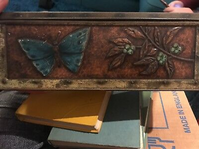 Vintage W & R Jacob & Co Ltd, Biscuit / Cake Tin , Embossed Butterfly Design • 7.50£