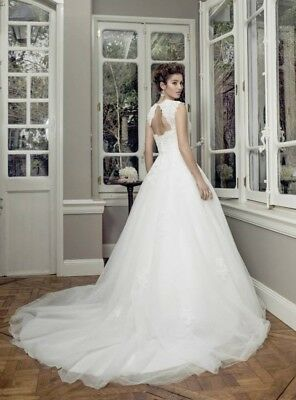 AU375 • Buy Wedding Dress - Ball Gown - Brand New With Tags - Size 8 - Ivory