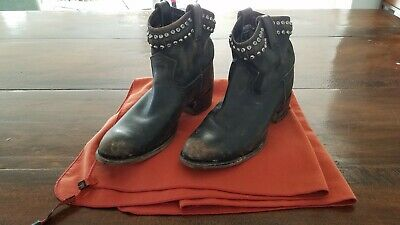 5abe24f325436 Frye Diana Studded Boots Booties Size 8 1 2 EUC Bought  398 • 55.00