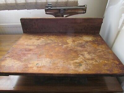Old Vintage Style Butcher Scales • 70£