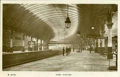 £8 • Buy Real Photographic  Postcard Of York Station, North Yorkshire, Kingsway