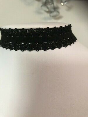 Black Stretchy Fabric Choker Necklace With Floral Detail | Classy Fun Jewellery • 1.50£
