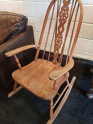 Vintage Rocking Chair Possibly Ercol Nursery Chair Seat  • 40£