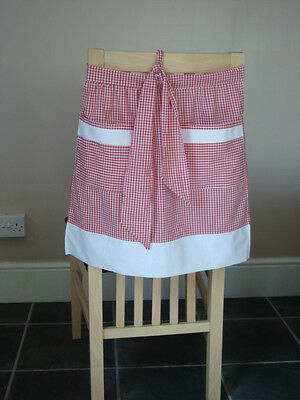 Red And White Gingham Design Half Apron / Pinny • 7.50£
