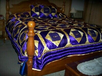 Purple Crown Royal Quilt 109 X 98  Down, Made With Crown Royal Bags,  3 Pillows • 325$