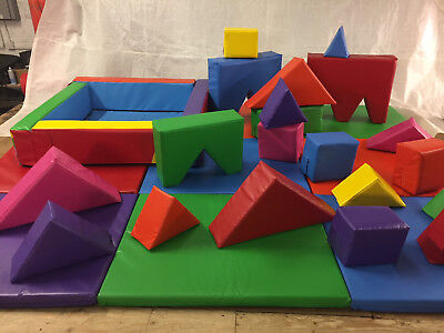 £1095 • Buy Start Up 20 Piece Soft Play Set - Mats -Ball Pond -Balls Complete Ready To Use.