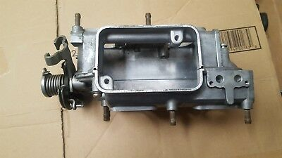 carburetor plenum