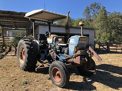 AU6500 • Buy Ford 5000 Tractor Super Major
