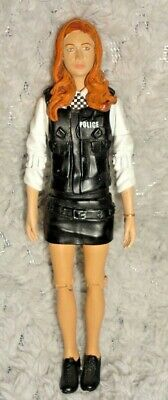 Amy Pond In Police Uniform 5.5  Action Figure Dr Who • 9.99£