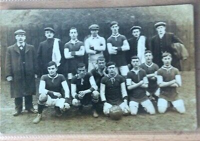 Early Black & White Photo Postcard Football Team • 7£