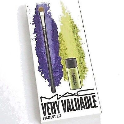 MAC Eye Shadow Pigment Kit  Chartreuse With Brush No  248  • 11.44£