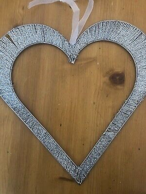 4 X Silver Hanging Love Hearts. Used For Our Wedding. Each Weighs 0.28 Kg. • 10£