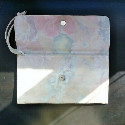 $ CDN80.55 • Buy SOLD OUT Limited Ed M0851 Shiny Flower Pattern Leather Clutch Wristlet ORG $10
