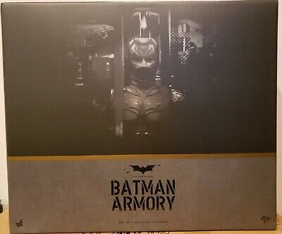 $ CDN748.99 • Buy HOT TOYS BATMAN ARMORY With Dark Knight BATMAN FIGURE -100% Authentic-