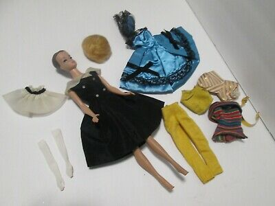 $ CDN32.86 • Buy  Vintage Fashion  Barbie/ With Extra Clothes