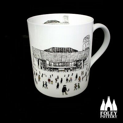 GB: Salford Quays, The Lowry, Inspired Bone China Mug By Foley Pottery  • 16.95£