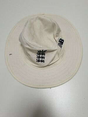 G833 MENS NEW BALANCE WHITE COTTON ENGLAND CRICKET HAT UK SMALL S 54cm • 29.99£