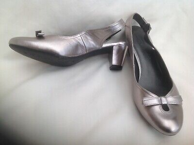Marks & Spencer Footglove, Pewter Leather Slingback Shoes, 6 Wider Fit • 14.99£