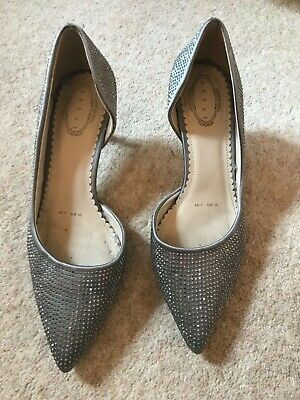 Debut Pewter Sparkly Court Shoes, Size 7, Used • 10£
