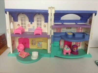 Fisher Price Little People  Dolls House 1999 + Accesories And Figures • 15£