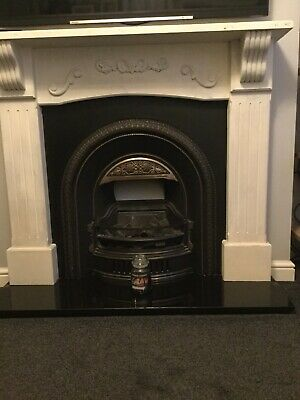 Victorian-style Fireplace Inc Gas Fire And Surround • 0.99£