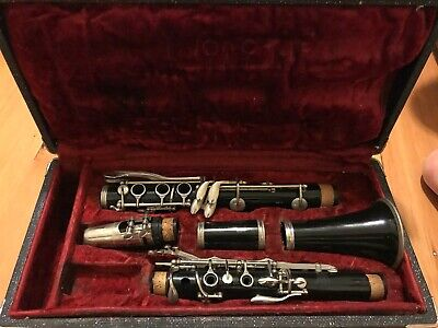 $99 • Buy Used Selmer Bundy Clarinet & Case - 646 - Repaired And Ready