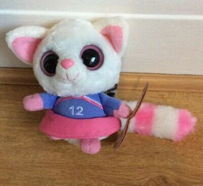 YooHoo & Friends Pammee Fennec Fox Hockey Player 5  • 3£