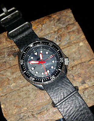 $ CDN255 • Buy Custom Seiko MOP Hybrid 7002 - Diver's Wrist Watch