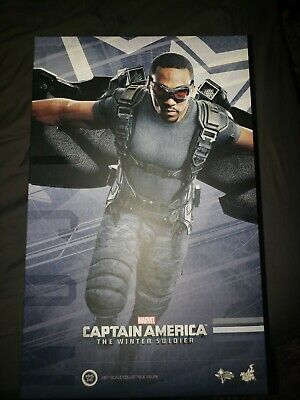 $345 • Buy Hot Toys MMS245 - The Falcon - 1/6 Figure Captain America: Winter Soldier Marvel