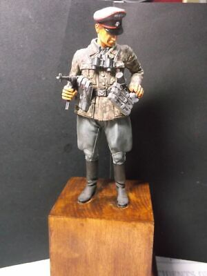 Verlinden Productions -  Pro-made 120mm Resin Figure SS Cavalry Officer WWII • 35£